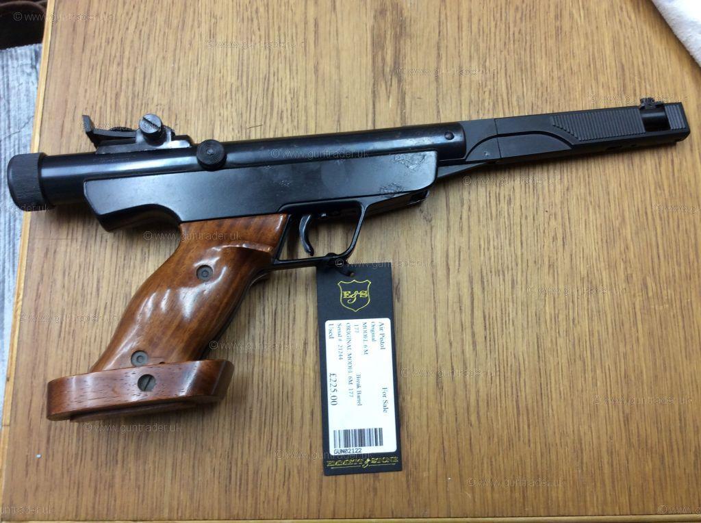 https://images.guntrader.uk/GunImages/16/1607/16070/160708092011122/160708092011122-1.jpg