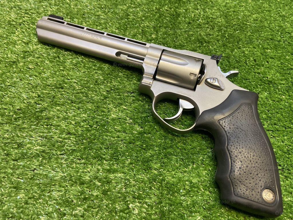 Taurus  357 Magnum 689 Euro Champion