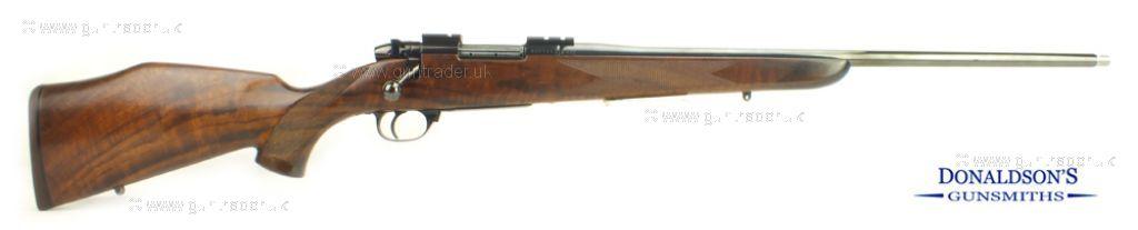 Weatherby Mark V. Varmintmaster Rifle