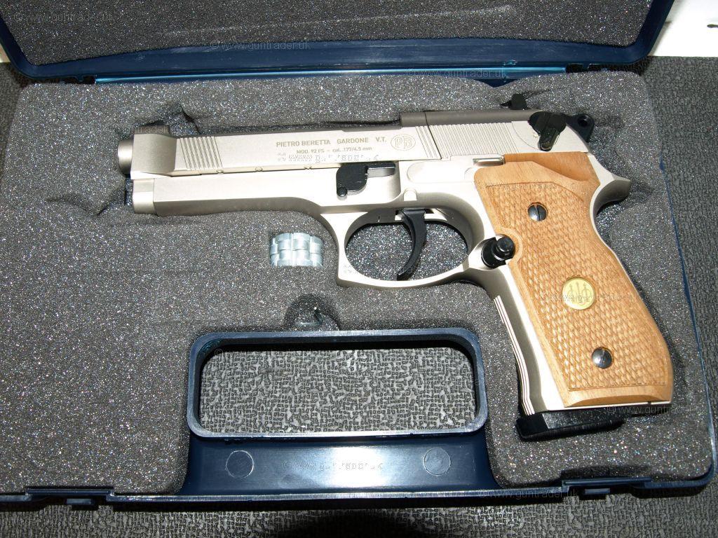 Znalezione obrazy dla zapytania Beretta M 92 FS nickel/wood