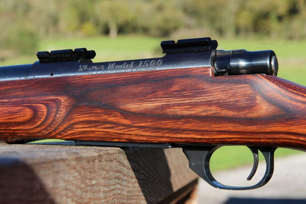 Howa  243 1500 THUMBHOLE LAMINATE VARMINT [ NEAR-NEW ] Bolt