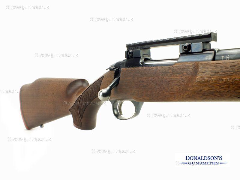 Sako 75 Action 1 Varmint Wood Blued heavy barrel Rifle