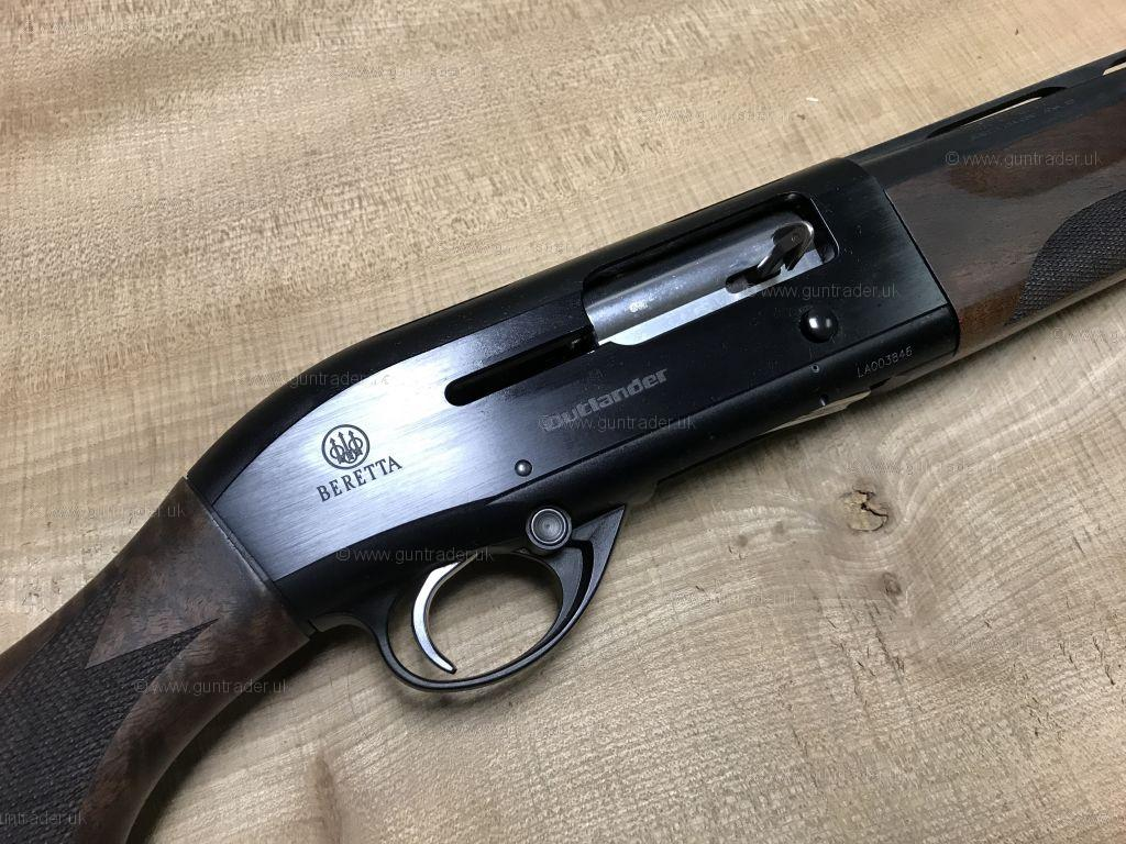 Beretta 12 gauge A300 Outlander Semi-Auto Second Hand Shotgun for sale. Buy for £625.