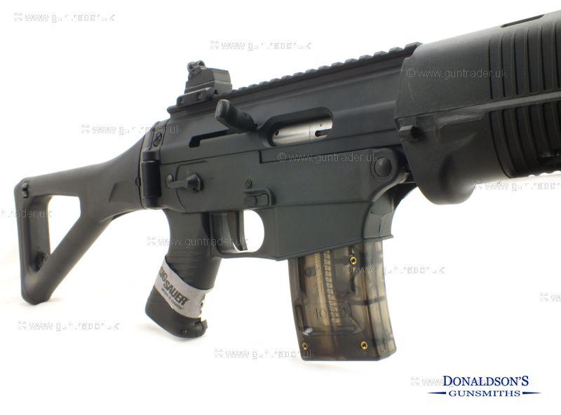 Sig Sauer SG-552 Classic Rifle