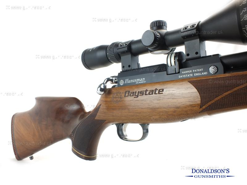 Daystate Huntsman Classic outfit. Air Rifle
