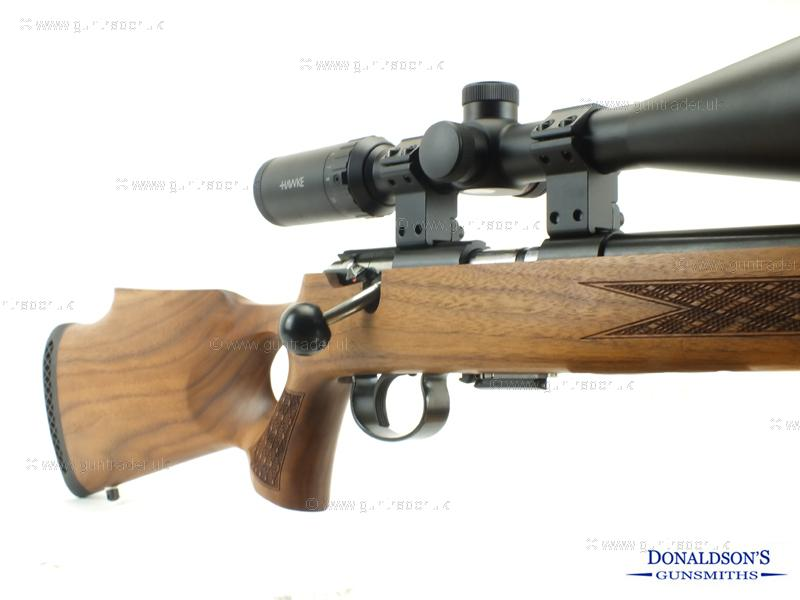 Anschutz 1417 T/hole w/nut Outfit Rifle
