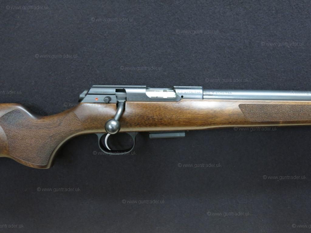CZ  17 HMR 457 Varmint (Screw Cut 1/2