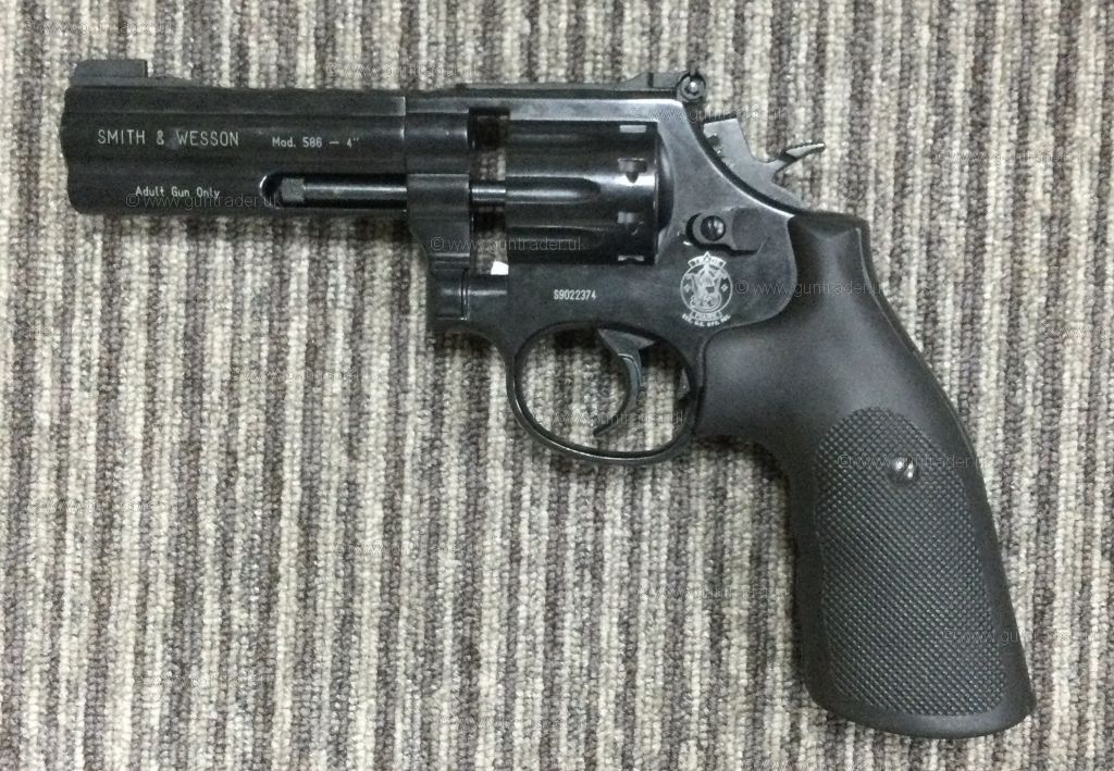 """Buy S/H Smith & Wesson 586 BLACK 4"""" .177 