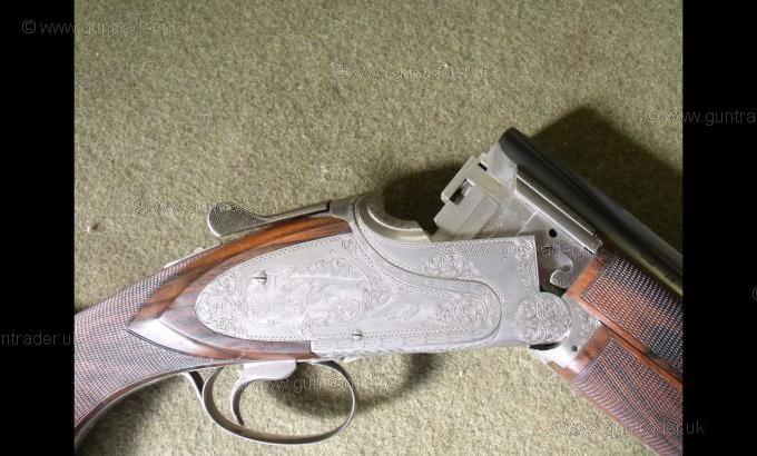 Browning 12 gauge B25 F1 (Trap)