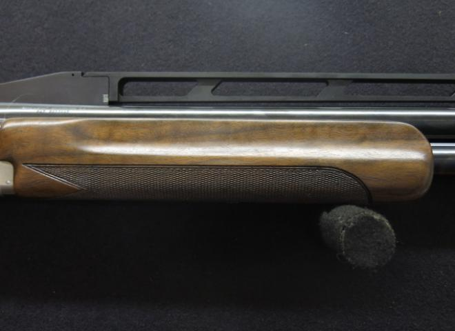 Browning 12 gauge B725 ProTrap (Adjustable Comb & Rib)