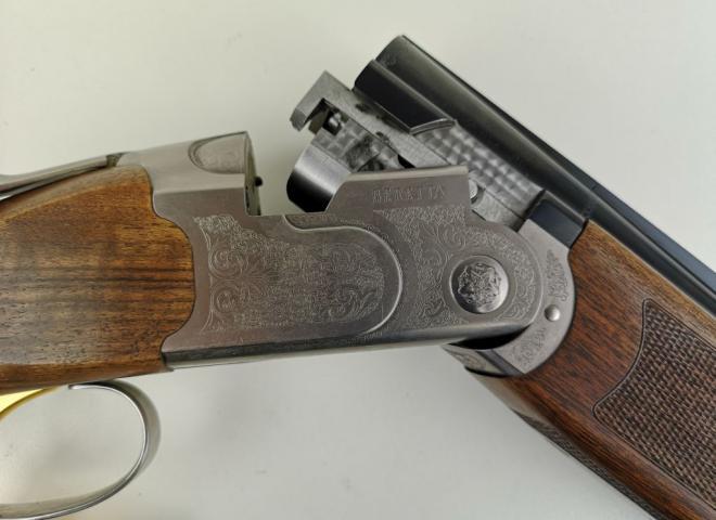 Beretta 12 gauge 686 Silver Pigeon