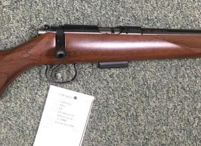 CZ .22 WMR 455 American (Walnut stock)