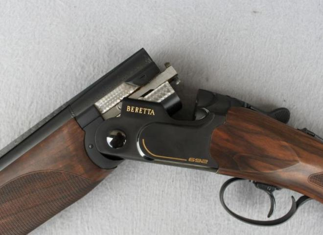 Beretta 12 gauge 692 Sporting (Black)