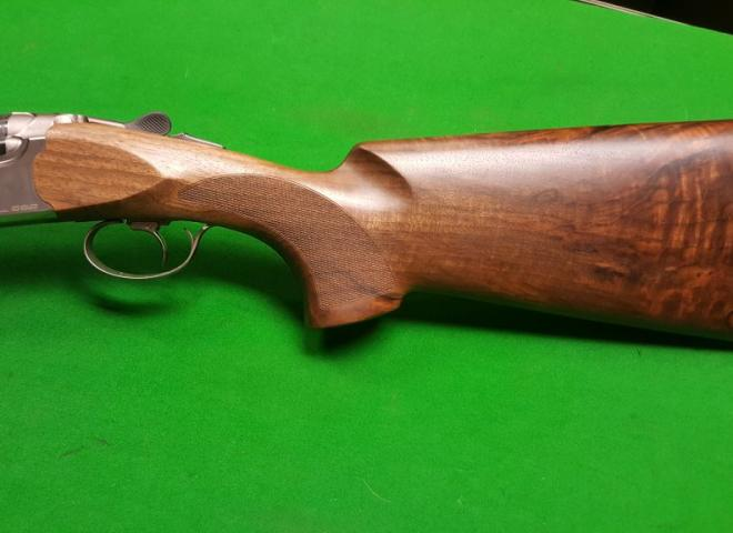 Beretta 12 gauge 692 Trap
