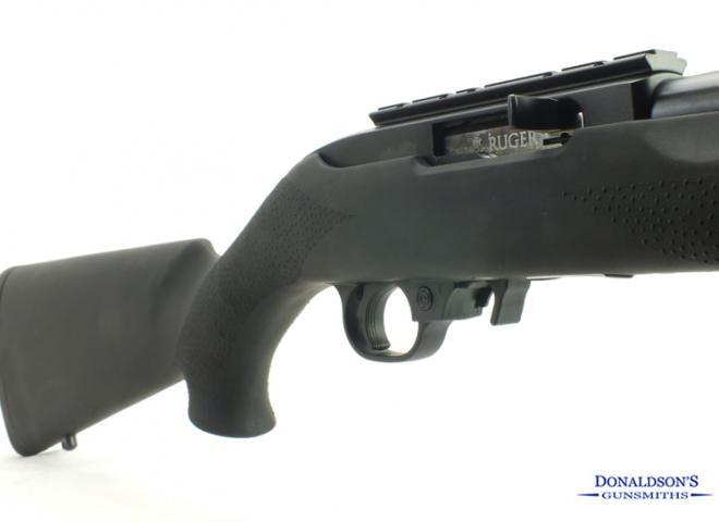 Ruger .22 LR 10/22 Hogue stock Blued