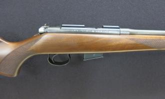 CZ .17 HMR 452 American (Screw Cut 1/2