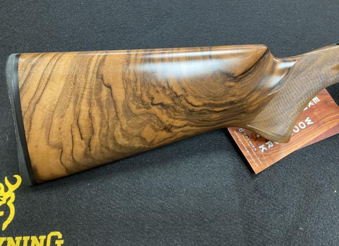 Perazzi 12 gauge MX2000S (SC2 woodwork)