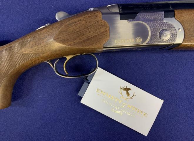 Beretta 12 gauge 686 Onyx