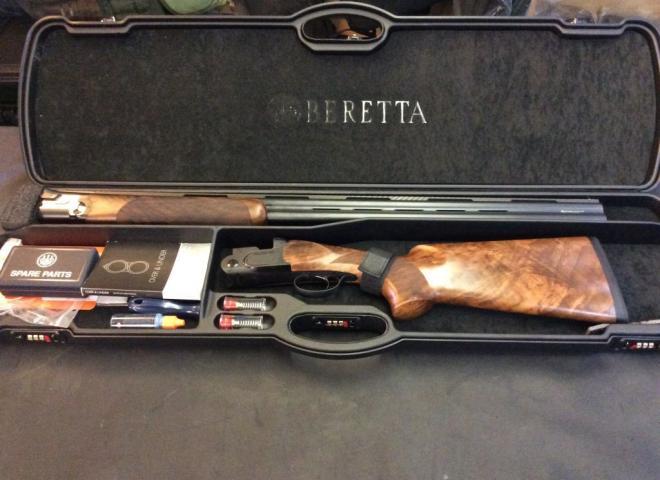 Beretta 12 gauge DT11 Black Edition Trap