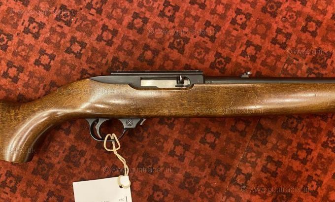 Ruger .22 LR 10/22 Delux Walnut Blued