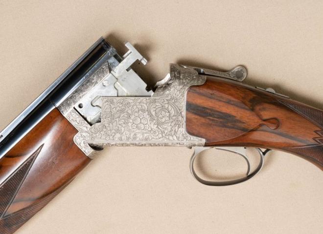 Browning 12 gauge B25 D5G CUSTOM (SPORT)