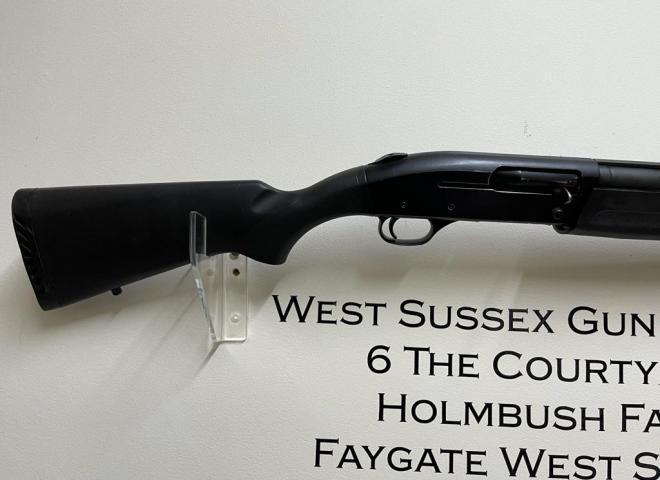 Mossberg 12 gauge 9200