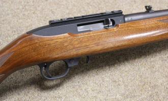 Ruger .22 LR 10/22 Delux Walnut Blued - Image 1