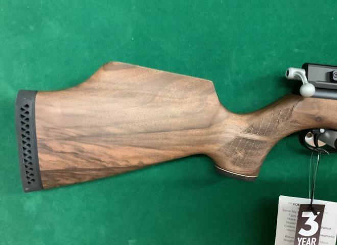 Air Arms .22 S410 Carbine Walnut