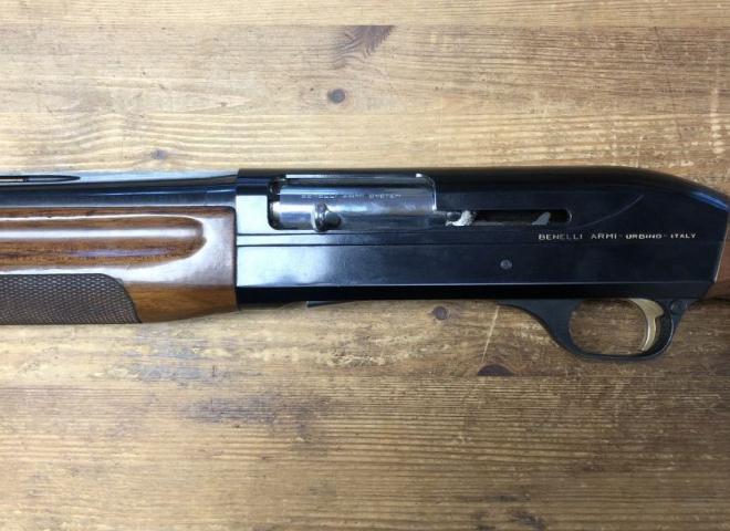 Benelli 12 gauge Super 90