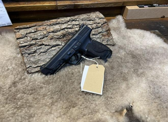 Umarex .177 (BB) Smith and Wesson M&P 45