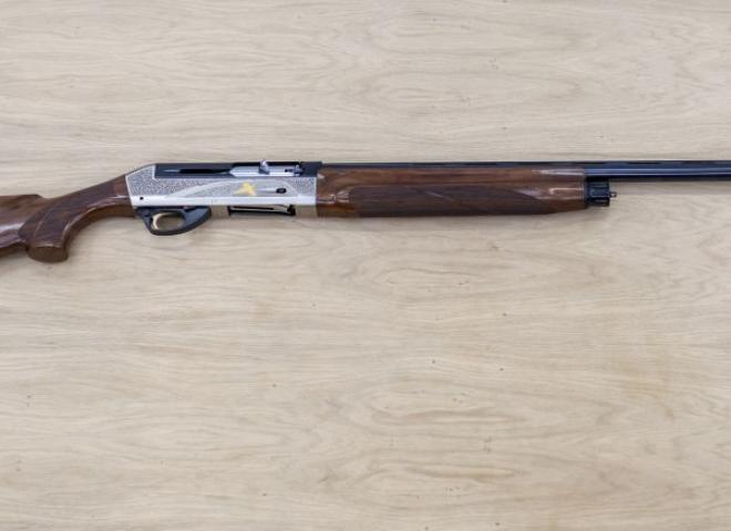 Benelli 12 gauge SL80 Passion wood (Game)